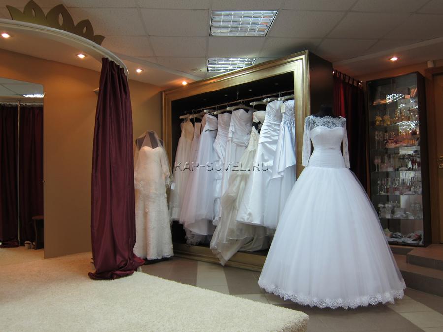 Дизайн интерьера свадебного салона. Полное или частичное копирование авторской информации и фотографий недопустимо